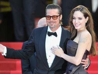 Анджелина Джоли и Брэд Питт выбрали обручальные кольца Брэд Питт и Анд…