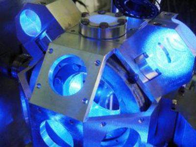 Новые атомные часы помогут установить новый, более точный стандарт секунды