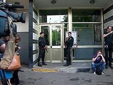 В квартирах оппозиционеров искали сведения о зачинщиках провокаций
