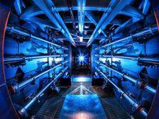 Предвварительные усилители Национального комплекса лазерных термоядерных реакций (фото Damien Jemison/LLNL).