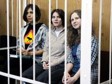 Pussy Riot после перевоспитания рабочими ТОАЗ станут нормальными членами общества