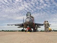 Это не самолет, это просто НЛО: российский истребитель Су-35 потряс Ле Бурже