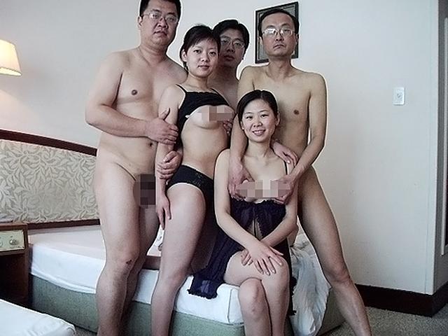 Китайский групповой секс