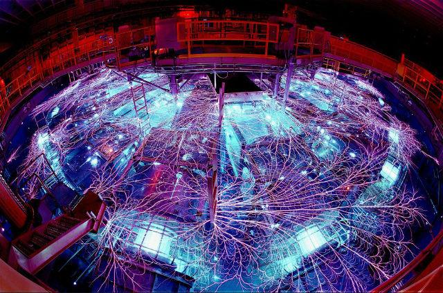 Z-машина Национальной лаборатории Сандия (фото SandiaLabs).