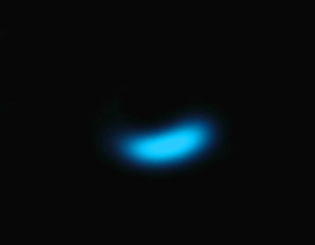 Распределение концентрации крупных пылинок в системе Oph IRS 48, полученные телескопом ALMA (фото ALMA (ESO/NAOJ/NRAO)/Nienke van der Marel).