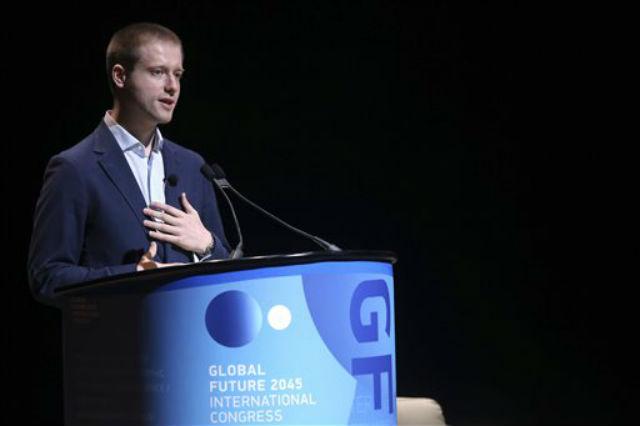 Дмитрий Ицков во время выступления на международной конференции в Линкольн-центре, Нью-Йорк (фото Mary Altaffer).