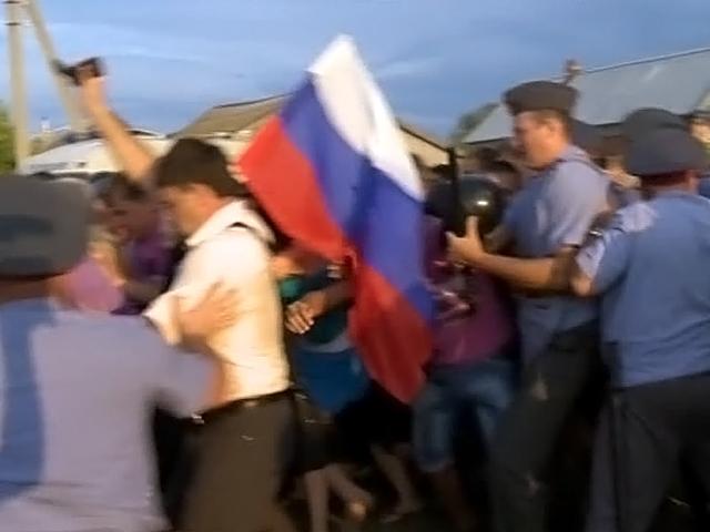 """""""Тихо и спокойно, по городу бегают дети"""": из Пугачева уехала часть радикальной чеченской молодежи"""
