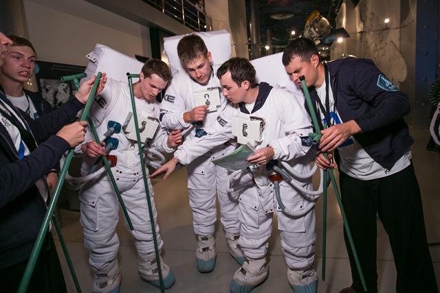 Ещё одно интересное испытание позволило ребятам хотя бы отчасти почувствовать себя космонавтами.