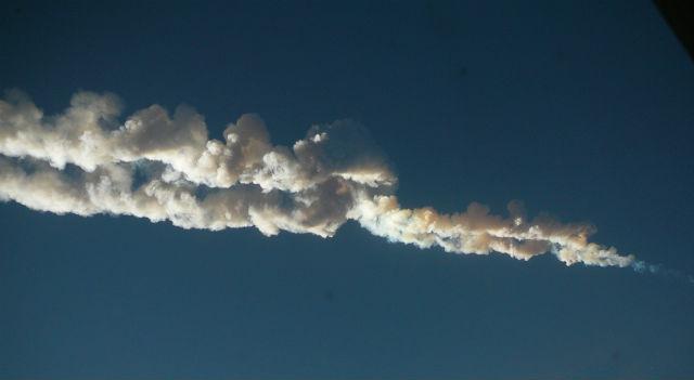 Метеорит Челябинск прилетел неожиданно и нанёс многомиллионный ущерб (фото Никиты Плеханова/Wikimedia Commons).