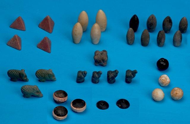 Возраст настольной игры, обнаруженной на юго-востоке Турции, составляет более 5 тысяч лет (фото Haluk Sağlamtimur/Ege Üniversitesi).