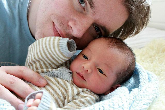 Сексуально активные мужчины не всегда становятся идеальными отцами (фото Harald Groven/Flickr).
