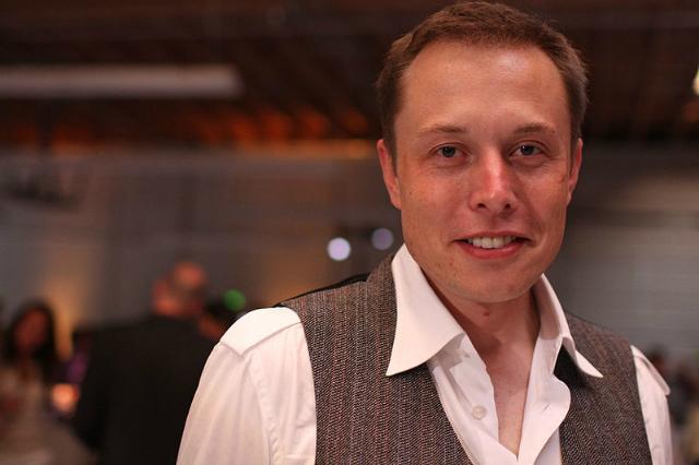 Элон Маск – миллиардер, инженер, предприниматель, основатель компании Space X и автор проекта Hyperloop (фото Brian Solis/Wikimedia commons).