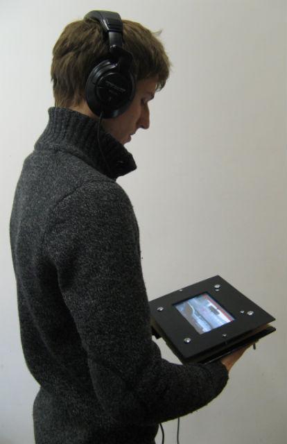 Инновационная система UltraHaptics позволяет почувствовать информацию кожей (фото BIG, University of Bristol).