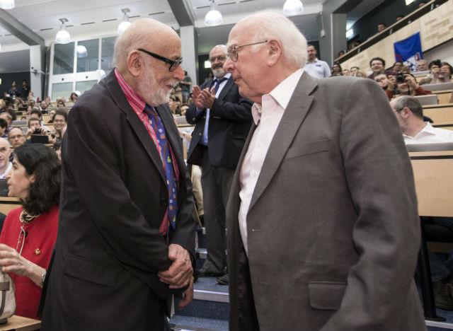 Лауреатами Нобелевской премии по физике 2013 года стали Франсуа Энглер (слева) и Питер Хиггс (фото CERN).