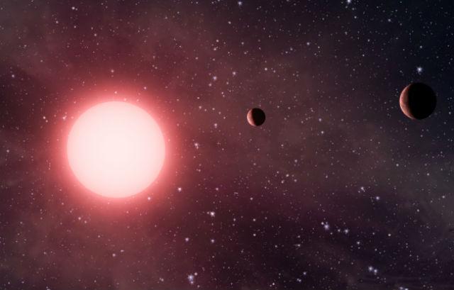Странная планетная система Кеплер-56 в представлении художника (иллюстрация NASA).