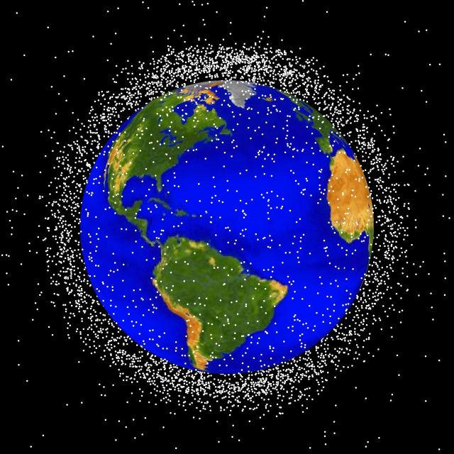 Космический мусор может представлять реальную угрозу Земле (иллюстрация NASA, Wikimedia Commons).