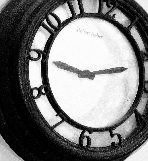 Время может оказаться всего лишь иллюзией для наблюдателя (фото peapodsquadmom/Flickr).