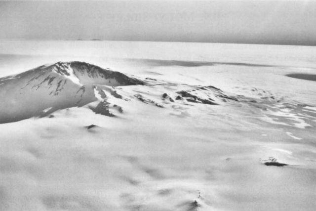 Гора Сидли, самая высокая точка в Хребте исполнительного комитета (фото Wikimedia Commons).