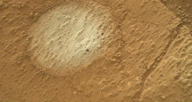 """Снимок одного из глинистых аргиллитов, проанализированных """"Кьюриосити"""" (фото Science/AAAS)."""