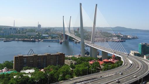 Автор: Золотой мост