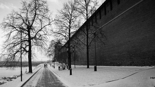 Автор: Вдоль стен Кремля