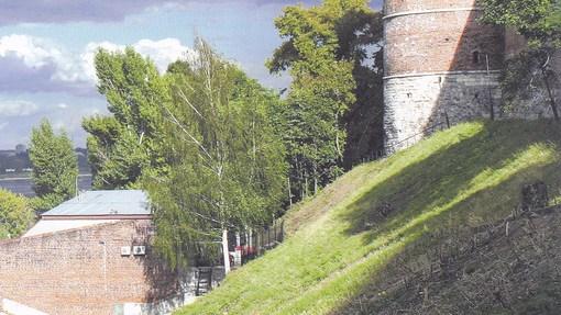Автор: Белая башня. Фото А.В. Ивасенко из книги