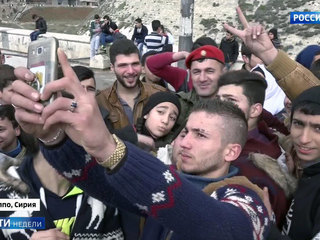 Russian Military Keep Playgrounds Safe for Aleppo Children