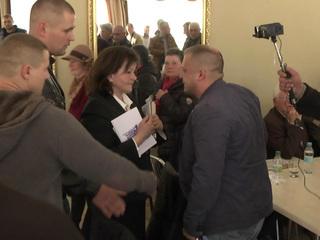 Украинские националисты сорвали обсуждение минских соглашений