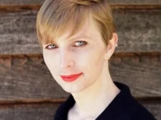 Информатор Брэдли Мэнниг показал миру свое женское лицо