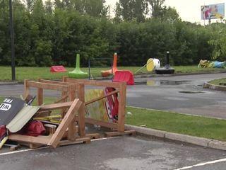 Ураган разрушил парк аттракционов в Уфе