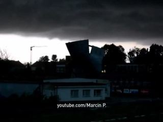 Ураган убил в Польше пять человек