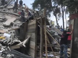 Землетрясение в Мексике: жертв уже более 200