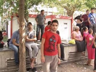 Министр обороны Австрии заявил, что на Балканах появились новые маршруты для мигрантов