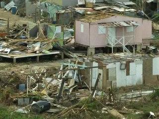 Пострадавшая от урагана Доминика умоляет о помощи