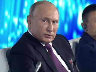 На вопрос о новом сроке Путин ответил шуткой