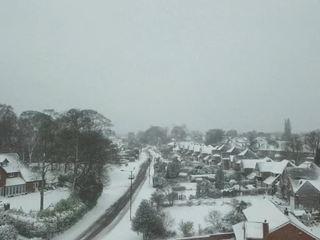 Англию парализовал сильнейший снегопад