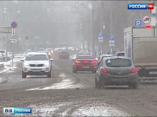 Снегопад грозит серьезно осложнить московский трафик