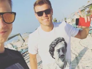 Кокорин засветился в футболке с портретом одиозного наркобарона-убийцы