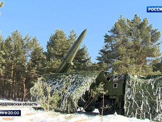 """Вооруженные силы РФ пополнили новые Су-34, """"Искандеры"""" и подлодки"""