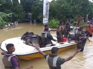 Наводнение на Шри-Ланке: власти просят мир о помощи