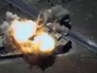 Минобороны России опубликовало видео удара по сирийским боевикам