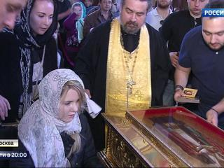 Миллион человек поклонились мощам Николая Чудотворца