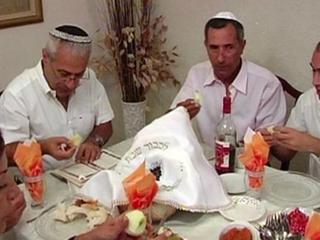 Рош Ха-Шана: что ставят на стол на еврейский Новый год