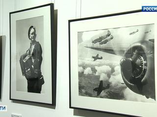 В Екатеринбурге показали снимки летописца Великой Отечественной - Евгения Халдея