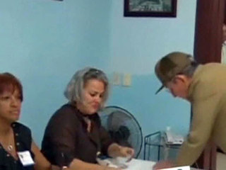"""""""Праздник демократии"""": на Кубе прошли выборы в местные органы власти"""