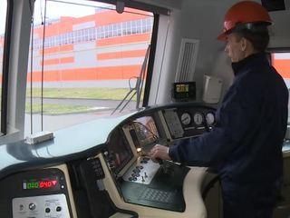 Самый мощный в России тепловоз испытывают на БАМе
