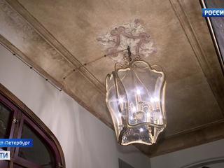 В доходном доме Барышникова под слоем штукатурки обнаружили росписи в стиле ар-нуво