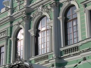 """""""Театральный скандал"""" в Петербурге: на деньги, выделенные на новую сцену, покупали элитные дома"""