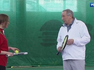 Легенда тенниса: Шамилю Тарпищеву - 70 лет