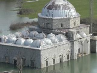 Западные Балканы затопило, уровень воды будет расти